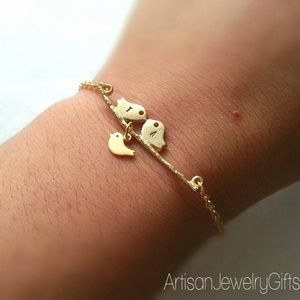 Engraved Kissing Birds Bracelet Baby Bird Bracelet